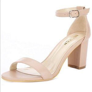 Classic Nude Heel Sandal w Ankle Strap